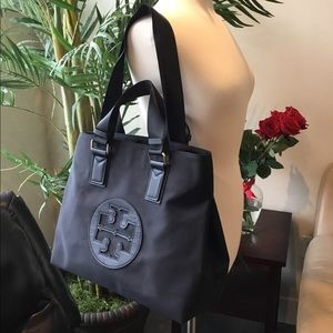🛍TORY BURCH CANVAS ZIPPERED TOTE